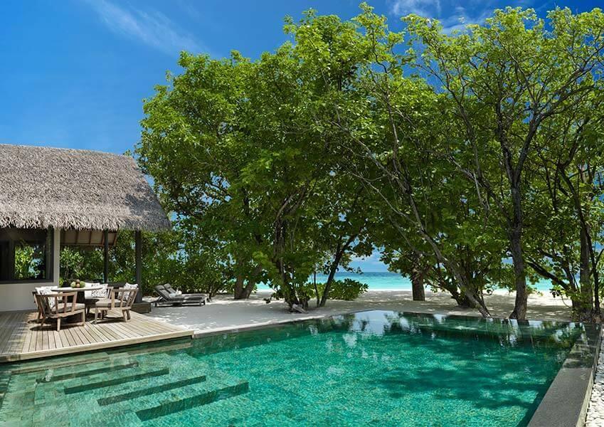 Deluxe beach pool retreat at Vakkaru Maldives