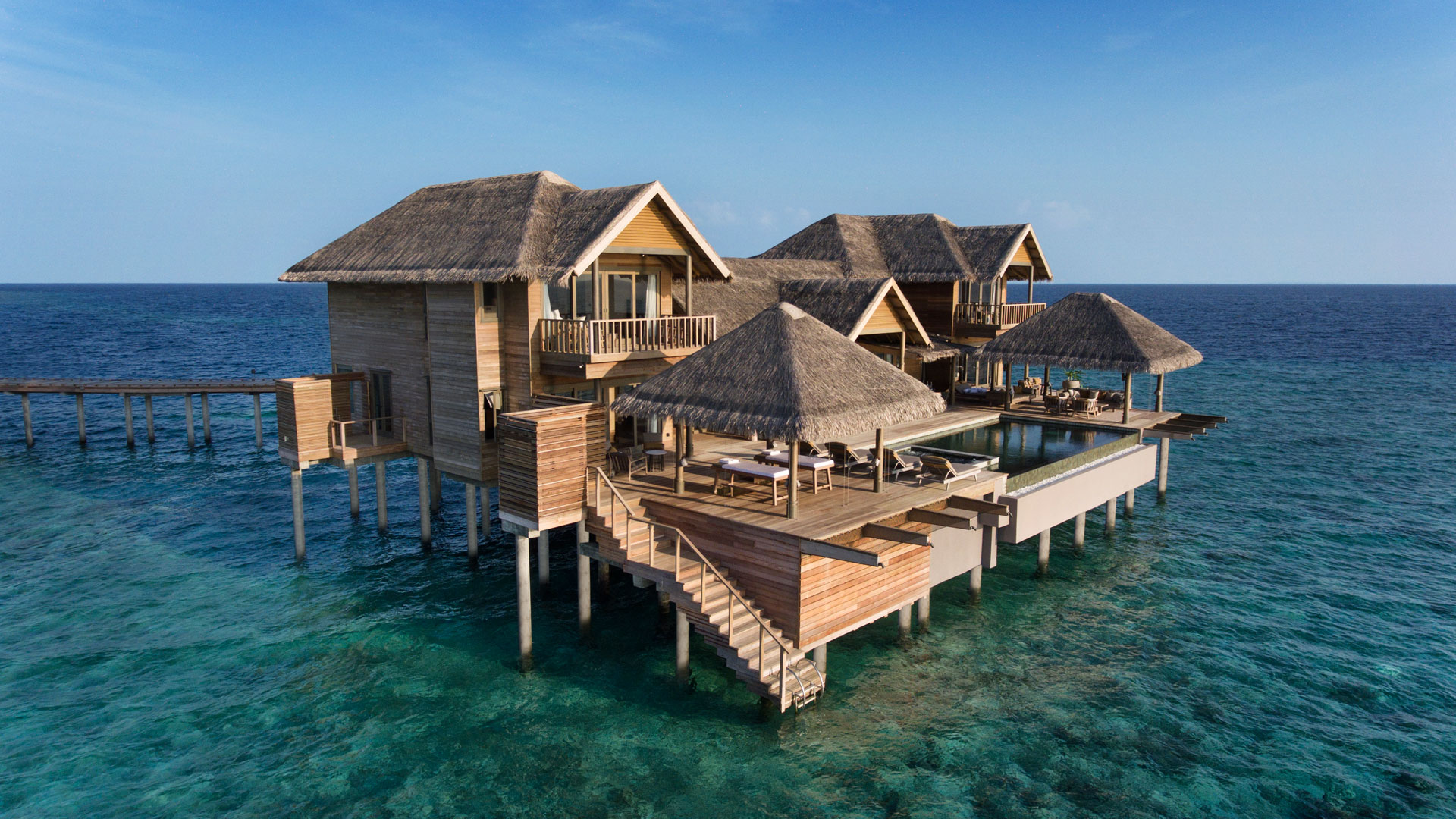 Vakkaru Maldives two-story over water residence