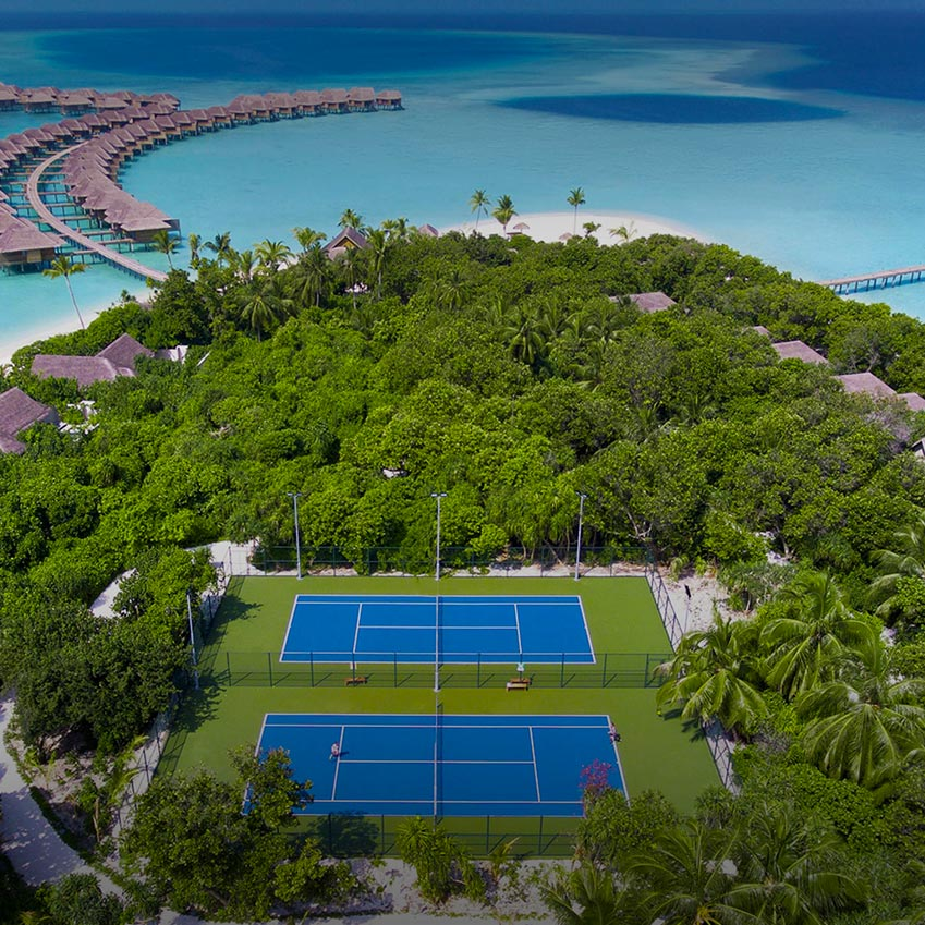 Tennis court at Vakkaru Maldives