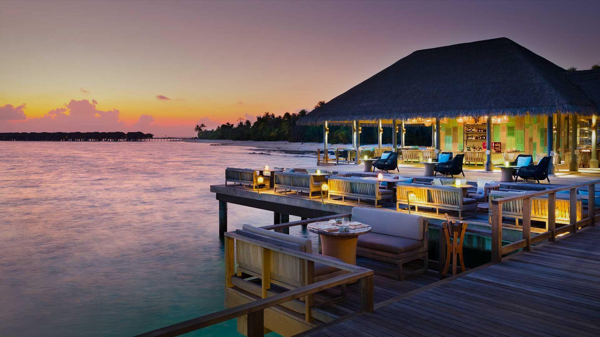 Vakkaru Maldives Sunset View